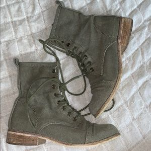 Shoes - Olive green canvas boots